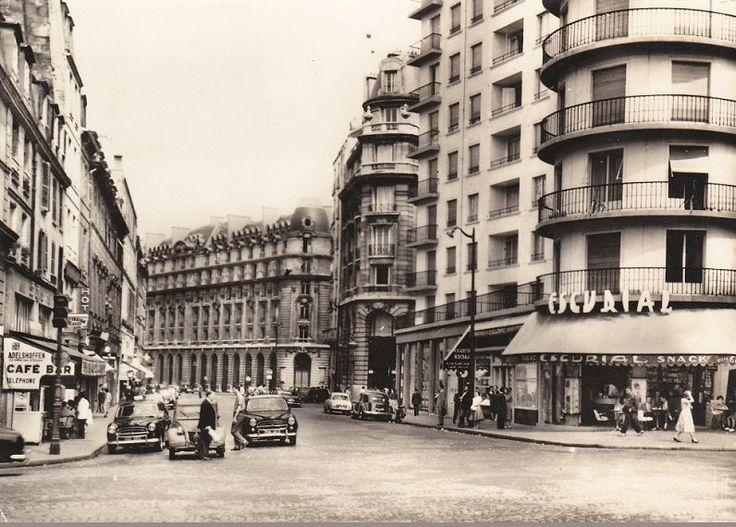 La rue du bac vue depuis le boulevard saint germain en direction de la seine - Poltrona frau rue du bac ...