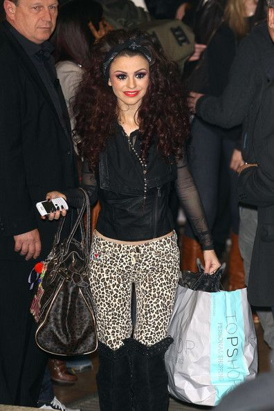 "Cher Lloyd Photos Photos - Cher Lloyd leaving the Fountain Studios in Wembley, north London, following the third live show in ""The X Factor"" finals. - Celebrities Leave the Fountain Studios Following the Third Live Show in 'The X Factor' Finals"