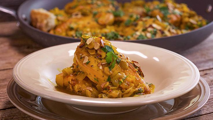 Andalusian-Style Chicken with Saffron and Green Olives Recipe