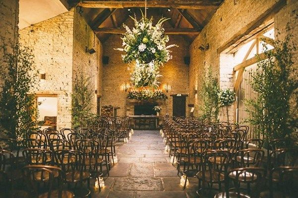 Small Wedding Venues London London Wedding Venues Wedding Venues Indoor Barn Wedding Venue