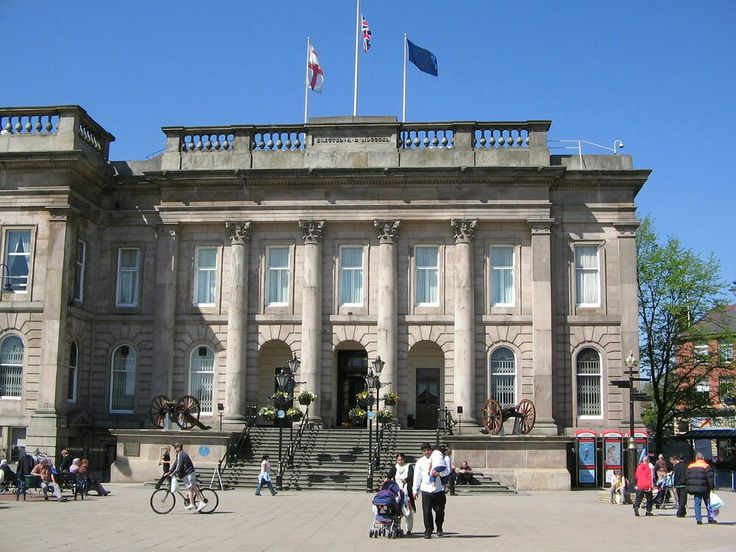 The Corinthian columns on the facade of Ashton Town Hall