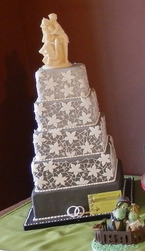 Lace Design, 5 Tiered Shades of Grey