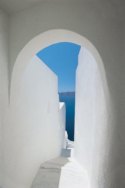 An image of a cave home in the Cyclades in Greece.