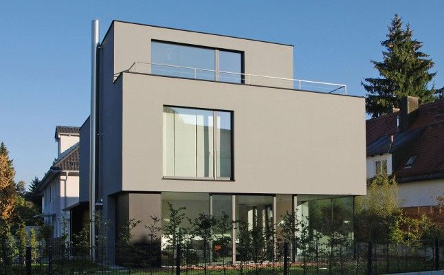 die besten 25 hausfassade grau ideen auf pinterest fassadenfarbe grau wei e fassade h user. Black Bedroom Furniture Sets. Home Design Ideas
