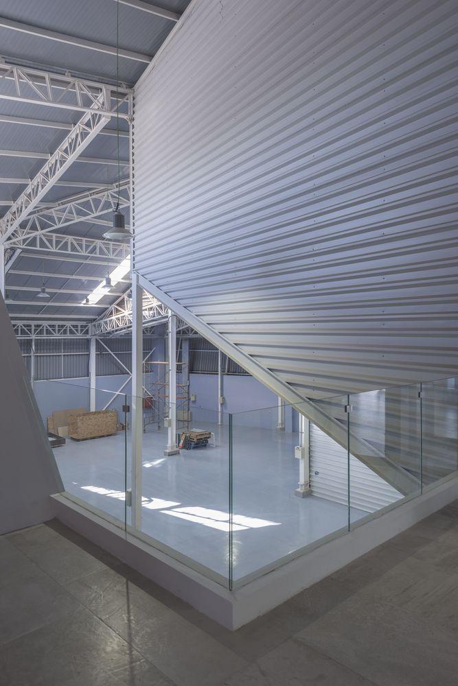 Galería de Edificio corporativo Comercial Sinsef / The Standard - 27