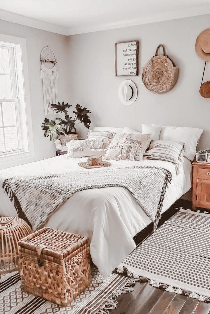 Pin by kristin ) on • r o o m s • in 2020 Luxe bedroom
