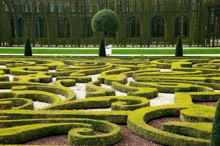 339 best images about parterre gardens on pinterest for Garden design 1970s