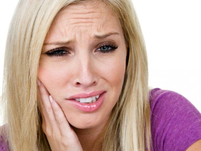 Itt van hat természetes gyógymód fogfájásra! Működik!