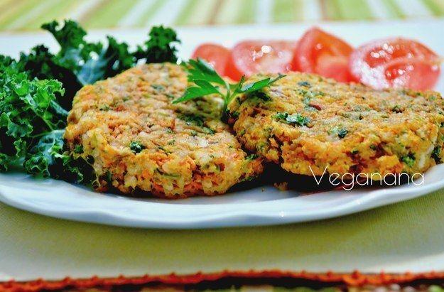 Hambúrguer de arroz e cenoura. | 14 receitas para dar um sopro de vida ao arroz que está na sua geladeira