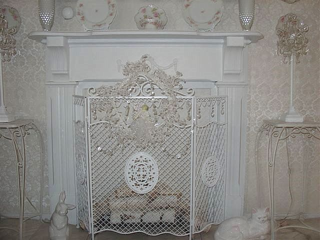 Best 25 Shabby chic fireplace ideas on Pinterest Haunted