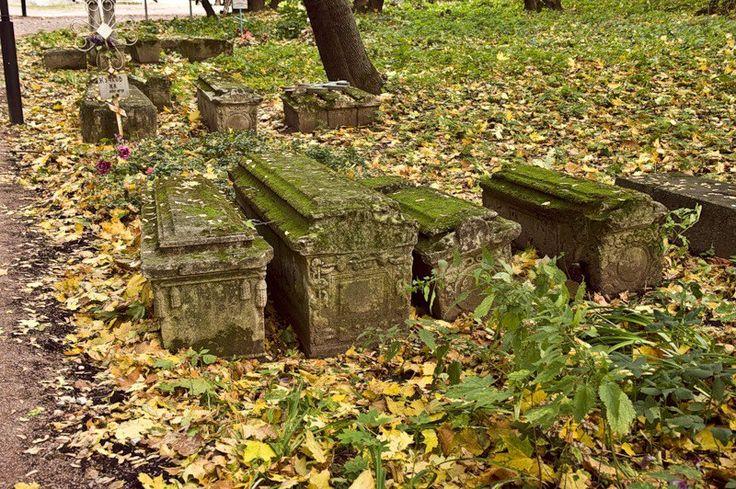 Дьяковское кладбище, Москва  – 110 фотографій