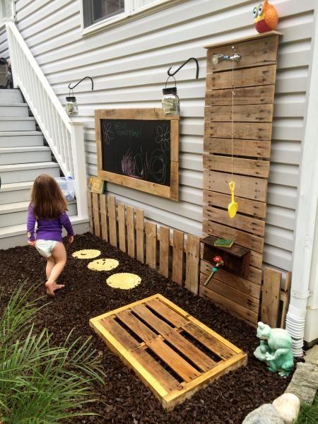Pallet Wood Chalk Board, Shower Wall and Shower Mat
