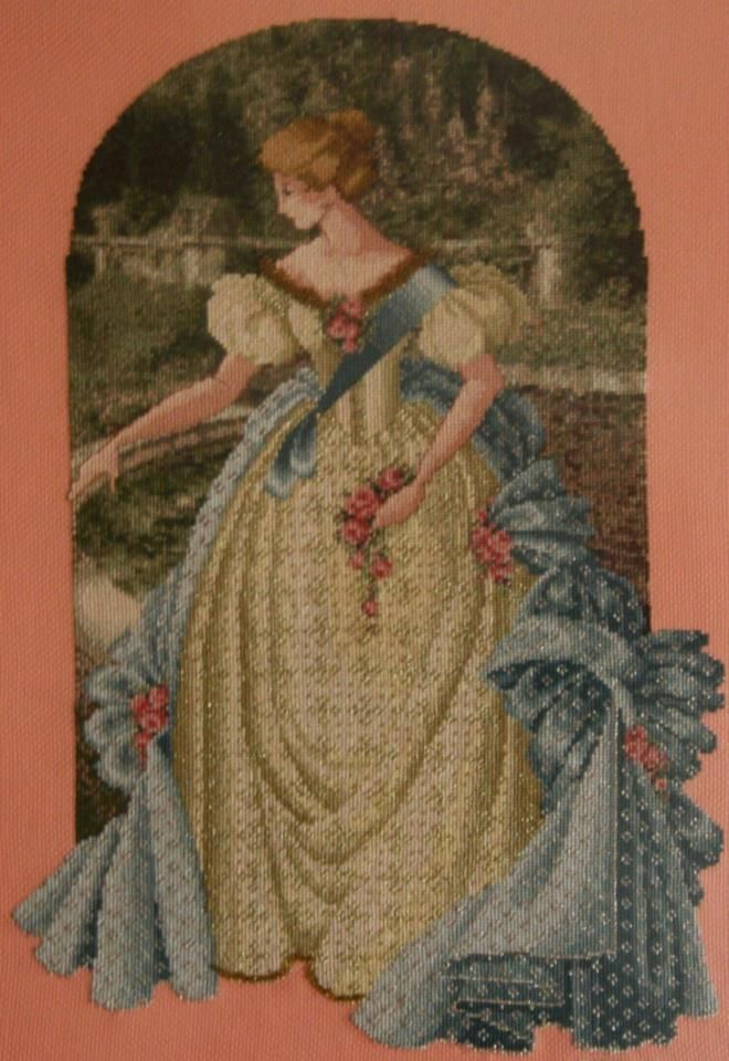 Queen Anne (Scarlett's Creaciones)
