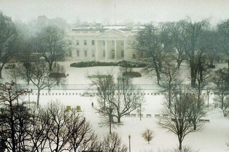 Casa Branca - EUA: Algumas das primeiras damas dos EUA gostaram tanto da residência oficial americana que nunca mais deixaram o local, nem depois de mortas - reza a lenda.