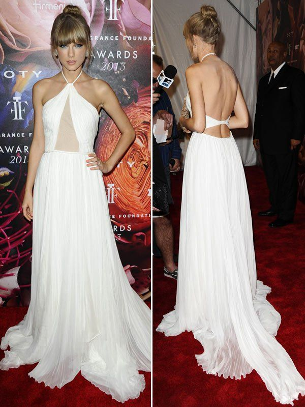 Taylor Swift Stuns In Backless Gown At Fragrance Foundation Awards
