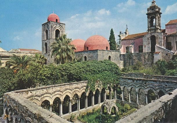 Сан-Джованни-дельи-Эремити – #Италия #Сицилия #Палермо (#IT_82) Бывший бенедиктинский монастырь в Палермо. http://ru.esosedi.org/IT/82/1000236846/san_dzhovanni_deli_yeremiti/
