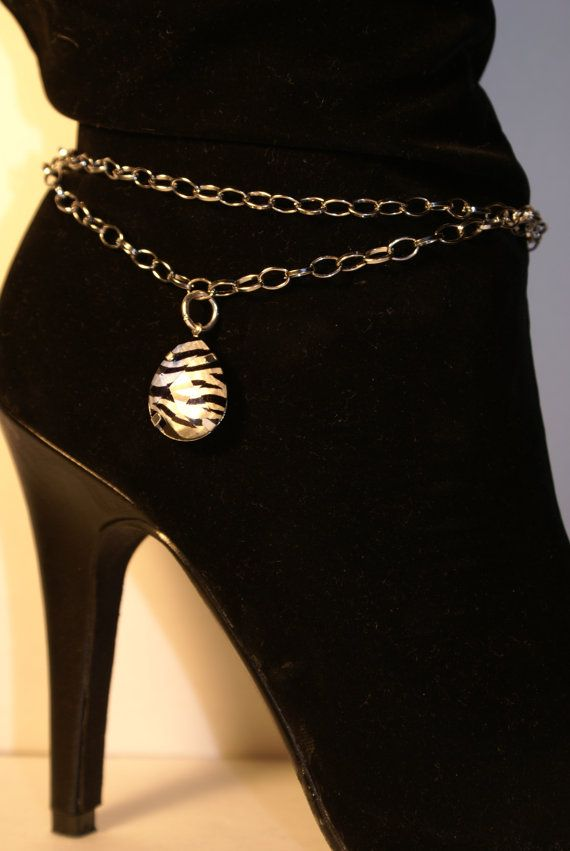 UH make these but grounding tools?!  Boot Chain/Jewelry $15