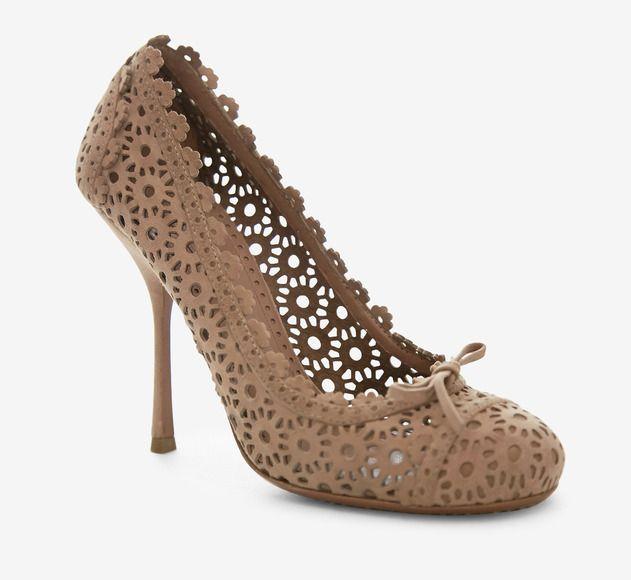 Camel lace heel