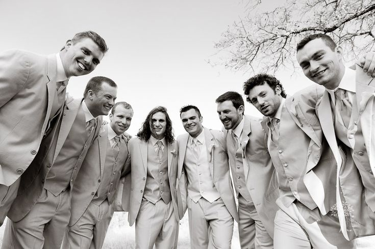 football huddle, groomsmen portrait, black and white, Photojournalist, wedding photography, documentary