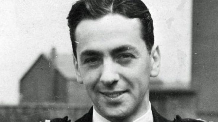 """The Royal Navy's most decorated pilot, Capt Eric """"Winkle"""" Brown, dies at the age of 97."""