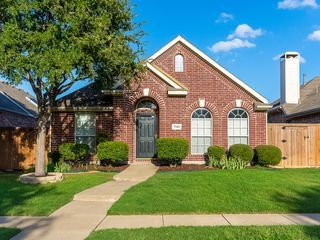 This Beautiful Home Located In A Nice And Convenient Community In North Plano With Best Schools Around You Can Stay House Rental Vacation Home Vacation Rental