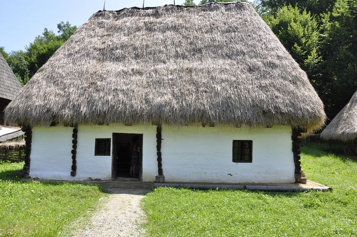 Authentic Romanian traditional works of folk art