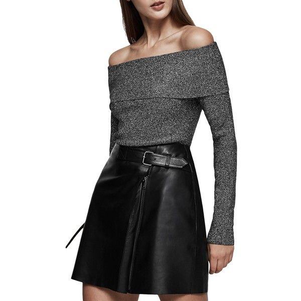 Reiss Jessa Metallic Off The Shoulder Jumper (1.295 NOK) ❤ liked on Polyvore featuring tops, sweaters, black, off the shoulder sweater, off shoulder long sleeve top, off-shoulder sweaters, off the shoulder long sleeve top and off-shoulder tops