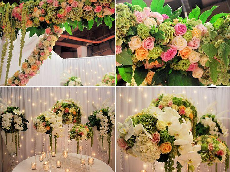 Une arche florale vue chez DelyFleurs : 10 idées déco vues au Salon du Mariage et du pacs - Journal des Femmes