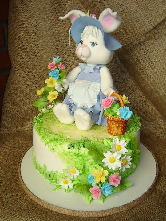Easter Cake Decorations Pinterest : 707 best images about EASTER FAVORS & DECOR on Pinterest