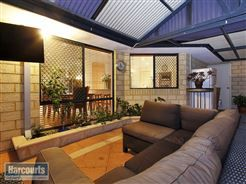 #outdoorlounge  To view more of this property check out www.RegalGateway.com #realestate #harcourts