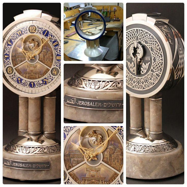 """Часы """"Иерусалим-город трех религий"""""""