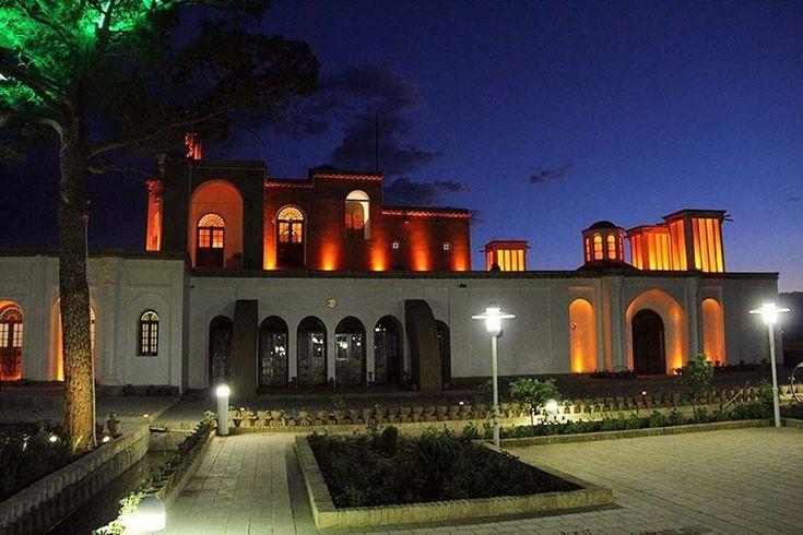 #Fathabad_Garden's history of the construction is around the year 1255 (Hijri-Shamsi), In #Qajar period #Kerman #Iran #Irantraveler #visitiran #invitationtoiran