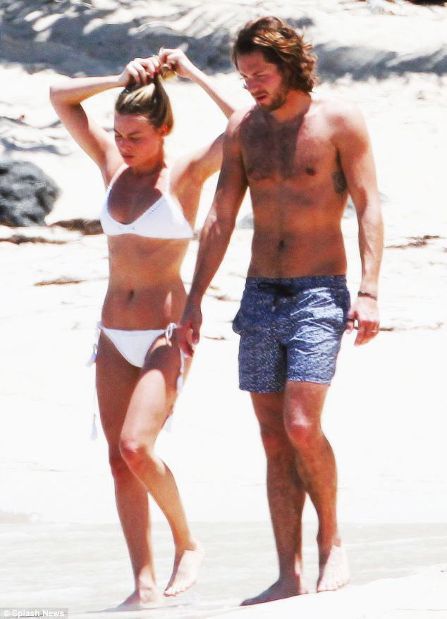 nowhollywood:    Margot Robbie and Tom Ackerley spotted at a beach in St. Barts | April 2016