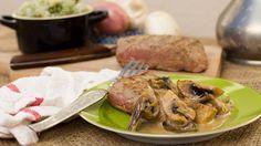 Gegrilde steak met champignonsaus en broccolipuree   VTM Koken