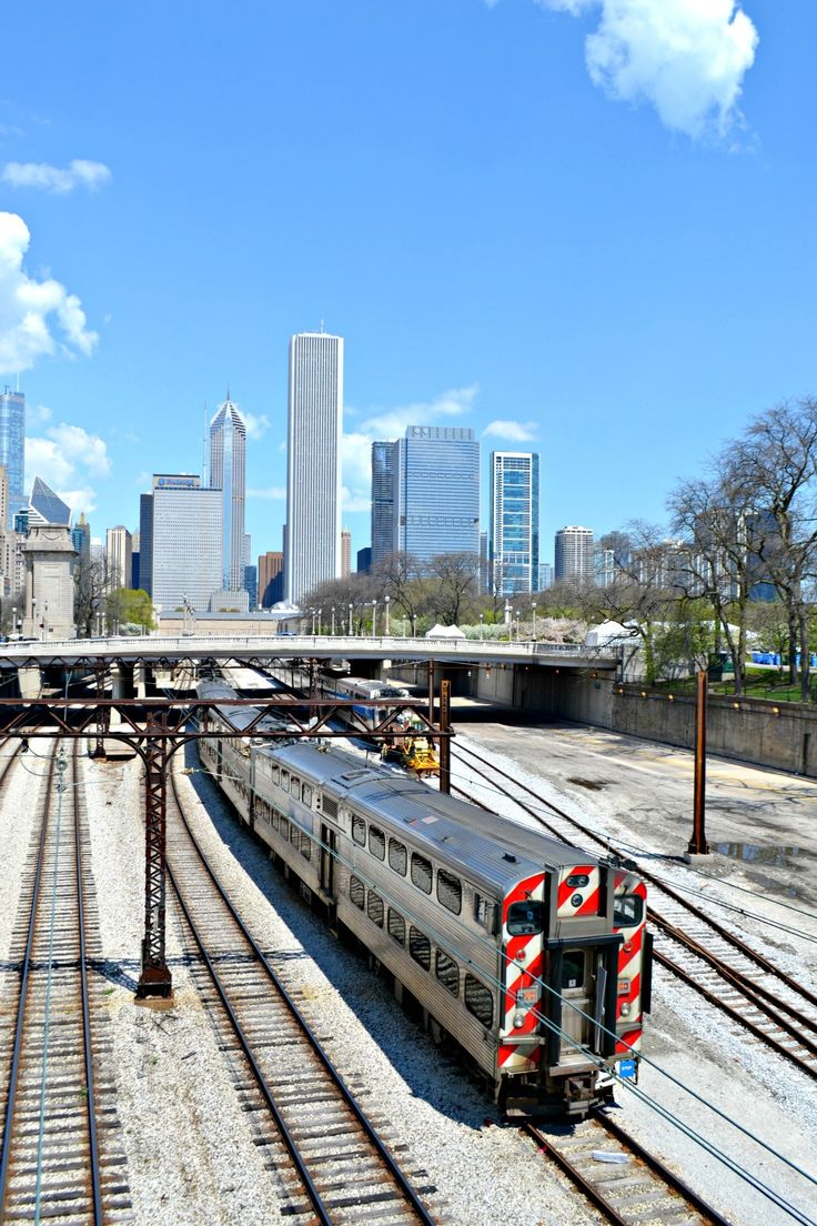 Travel: Chicago Reise Lake Michigan Millenium Park The L #thel #train #skyline #chicago #reise #travel #usa #illinois #lakemichigan #nordamerika