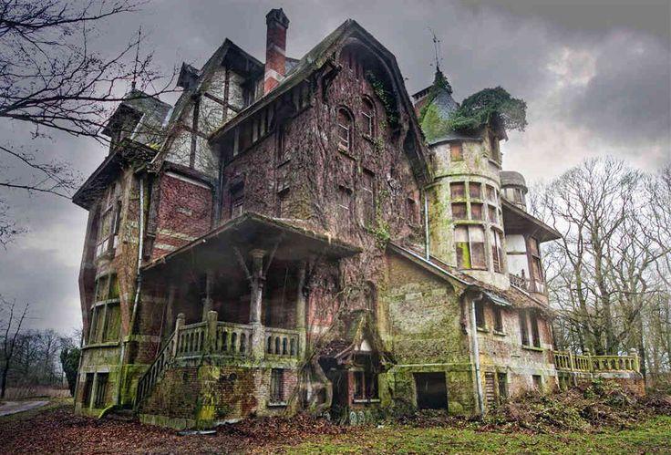 Photos Of Creepy Abandoned Houses Around The World ...