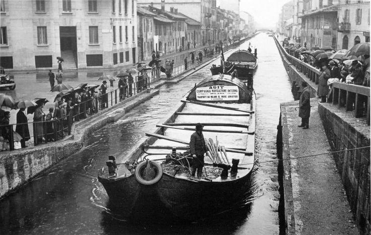 naviglio pavese, navigazione interna #fotografia #navigli #milano #storia