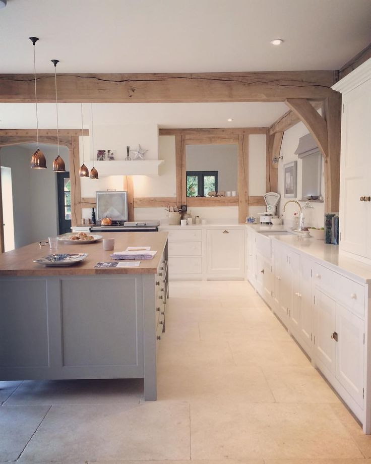 #kitchendesign #borderoak #meadowmead @ferniofurniture @border_oak #oak #oakframe love the beams