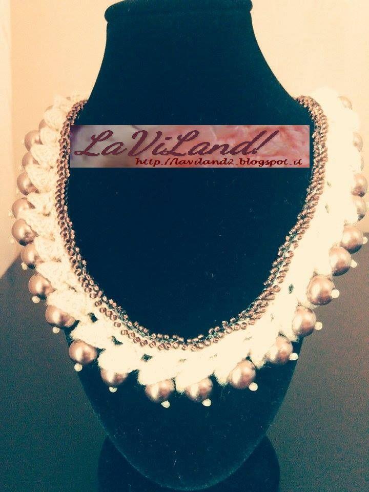 Collier a crochet con perle
