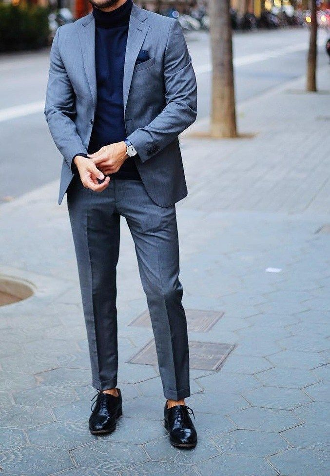 Look cool through plain outfit