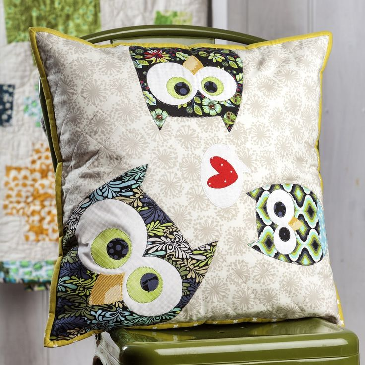 FAMILY OF OWLS CUSHION PATTERN