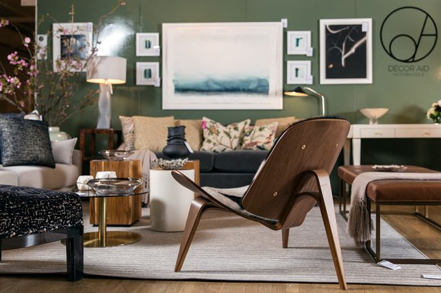 A Wild Mix Evoking The Spirit Of The Outdoors Created An Eclectic