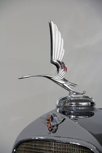 Eligant Art Nouveau Hood Ornament