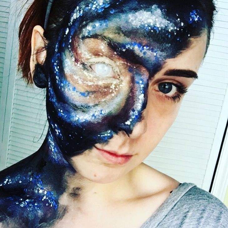 My talented daughter & her Galaxy makeup @zaynerd