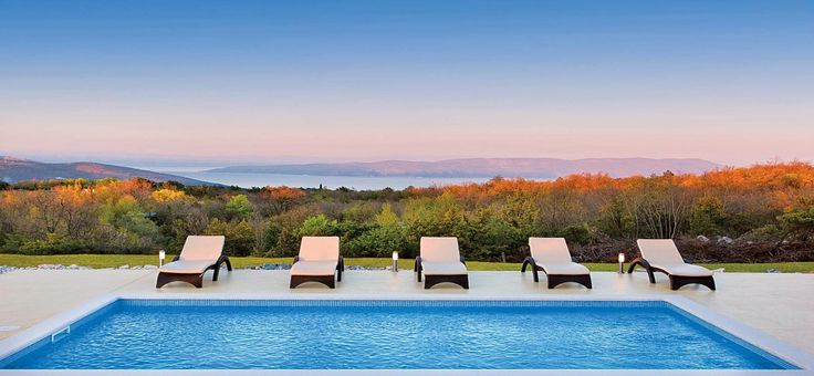 Here at James Villas we know it's never too soon to start planning next year's traveladventures. Forvilla holidays 2017is already brimmingwith possibilities and we now have over 270…