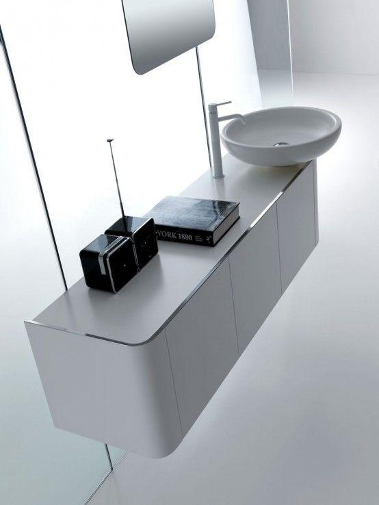#design arrotondato e linee morbide, rendono il tuo #bagno uno spazio contemporaneo e speciale - www.gasparinionline.it #bagnoarredo #interiors #homedecor