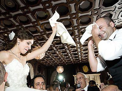 The Hora Image By Liz Caruana Weddings