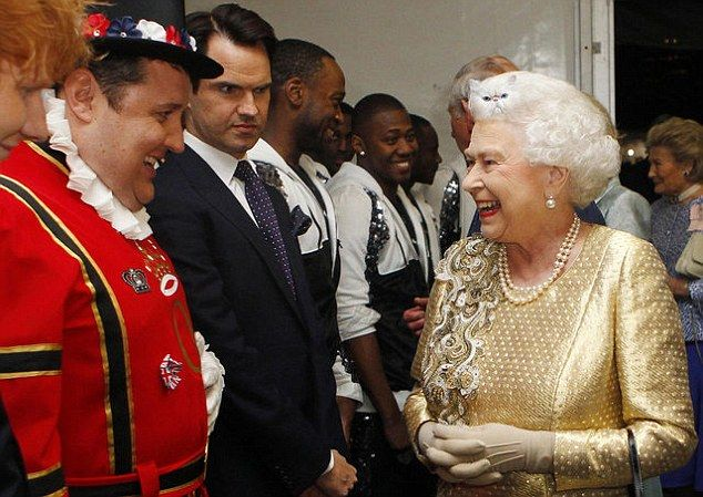 Picture of Jimmy Carr meeting the Queen sets off an epic internet Photoshop battle   Daily Mail Online
