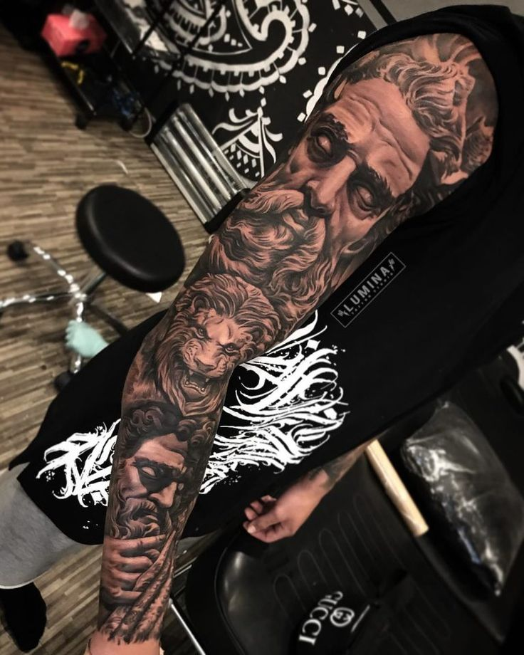 Top 100 Gorgeous Tattoo Ideas And Designs For Men #tattoosformen #tattoosformensleeve #tattoosformenforearm #tattoosformenonshoulder