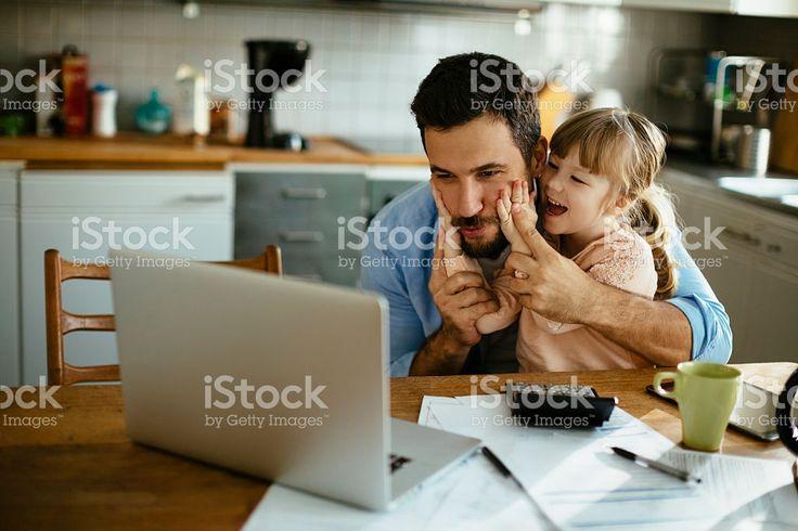 Padre e hija divertirse royalty-free stock photo